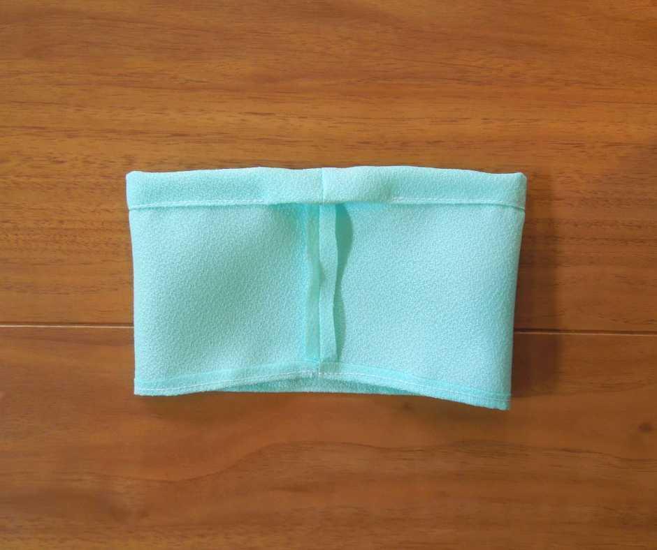 スカートのウエスト部分を縫う