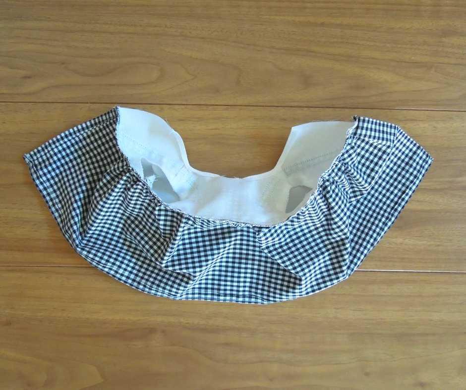 身頃とスカートを縫い合わせる
