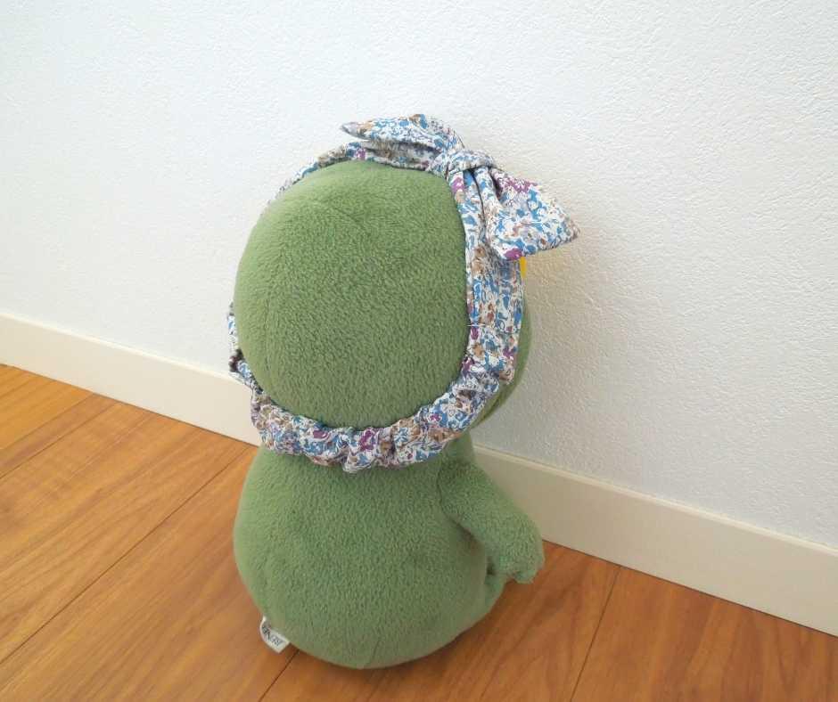 リボン付きヘアバンド(後ろ)