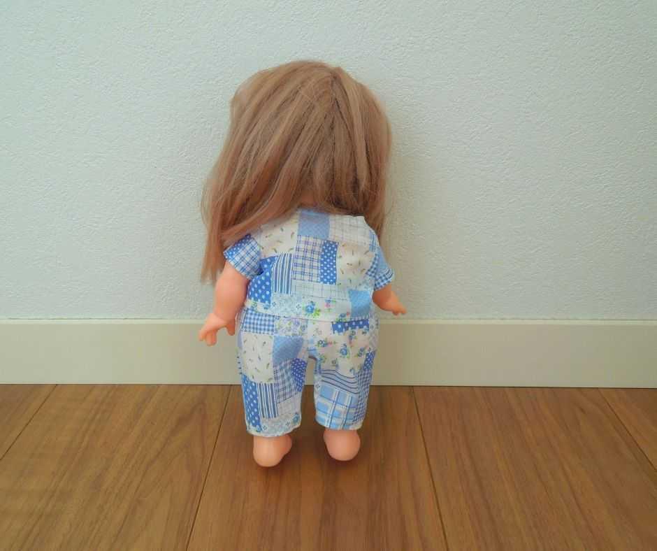 メルちゃんパジャマ後ろ