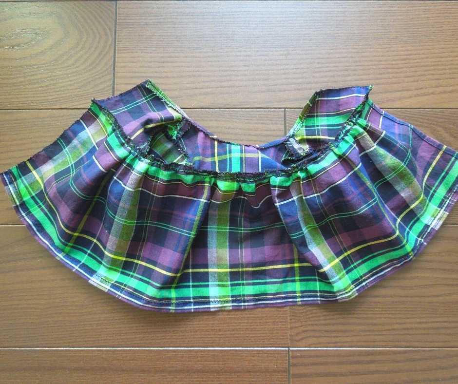 身頃にスカートを縫い付ける