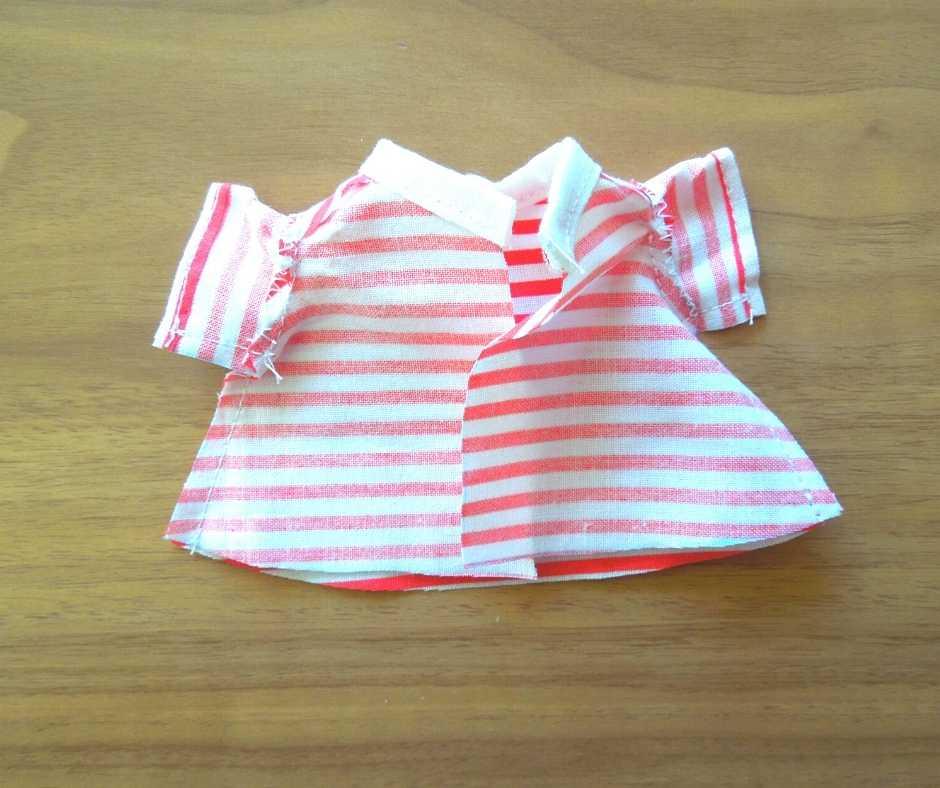 イーマリーサイズのTシャツワンピース 身頃のサイドを縫い合わせる