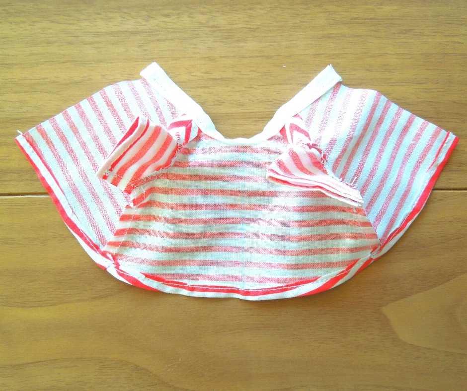 イーマリーサイズのTシャツワンピース 裾を縫う