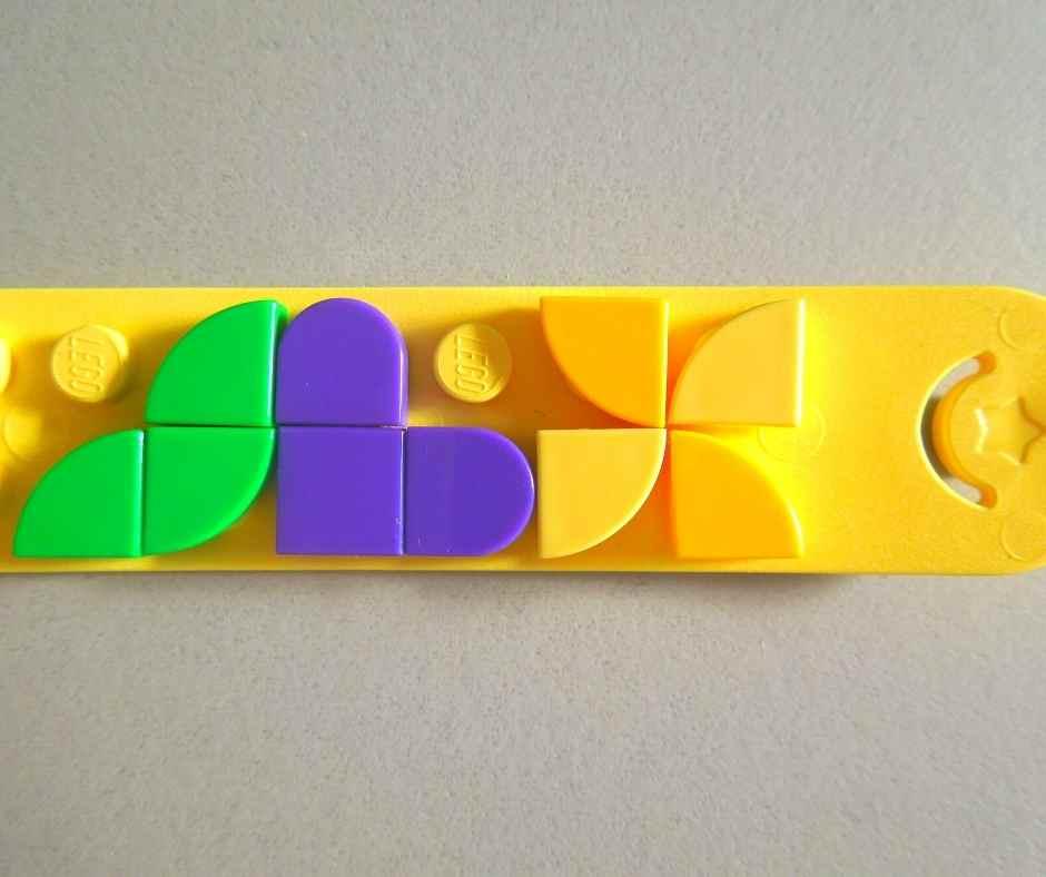 レゴドッツ ブロックで模様を作れる